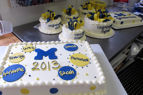 Just an example of cakes from Thursday.  This year's design for round cakes was Maize n' Blue ribbons and balls.