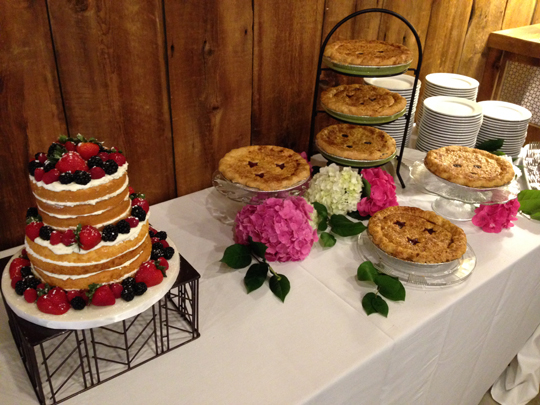 Naked-Cake-Table