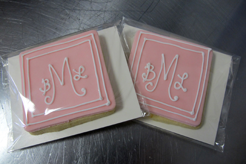 Square monogram favors